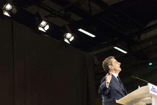Nicolas Sarkozy lors d'un meeting, salle Vallier à Marseille, le 27 octobre 2016.