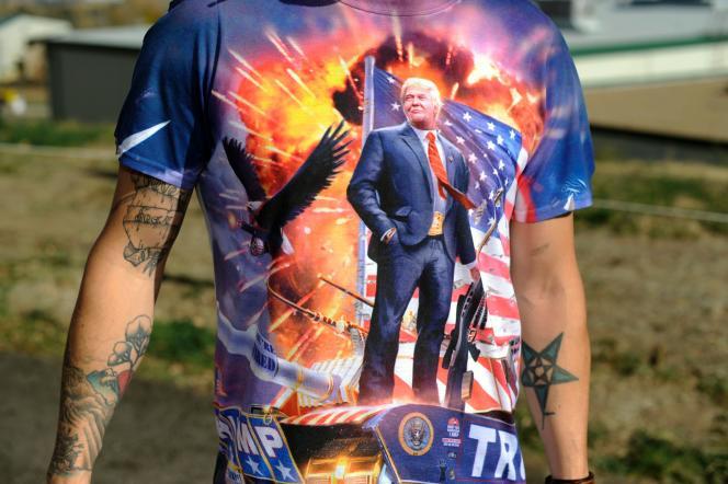 William Peterson, un supporteur du candidat républicain en «total look Trump», lors d'un meeting dans le Colorado, le 29 octobre 2016.