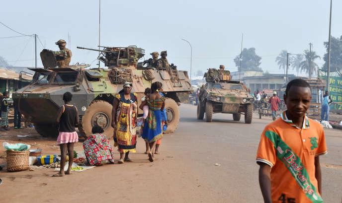 Patrouille de l'opération « Sangaris» à Bangui, le 14 février 2016.
