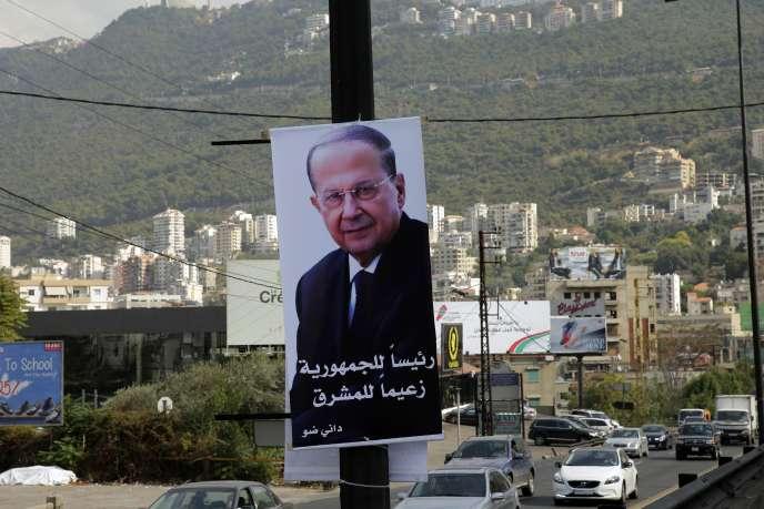 Une affiche du candidat Michel Aoun à l'élection présidentielle libanaise, le 28 octobre.