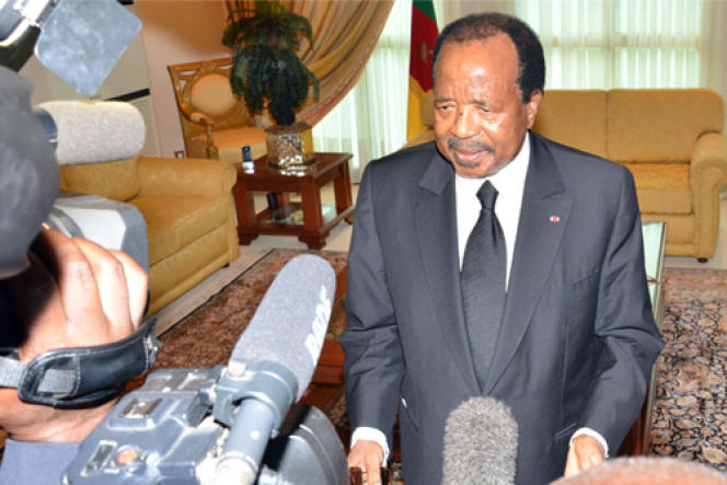 Le président camerounais Paul Biya,le 23 octobre 2016. Revenu dans son pays plus de 48 heures après le drame, c'est de l'aéroport de Youndé qu'il s'est adressé à ses compatriotes.