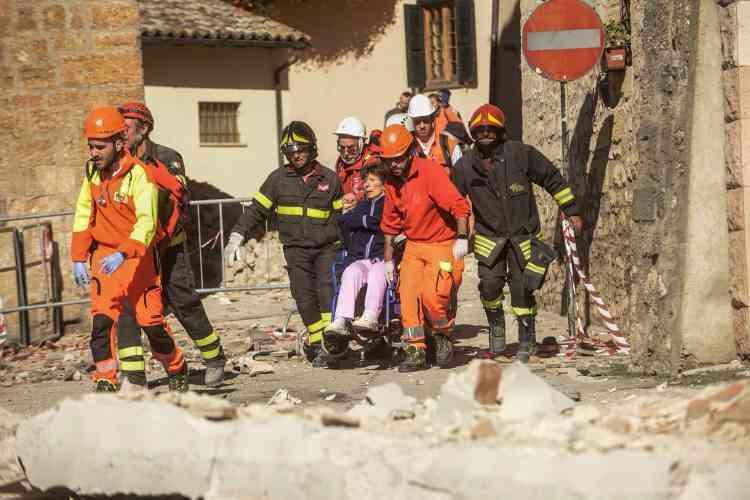 «Nous confirmons ne pas avoir d'information sur des morts. Nous avons une vingtaine de blessés» relativement légers, a déclaré en milieu de journée Fabrizio Curcio, chef de la protection civile.