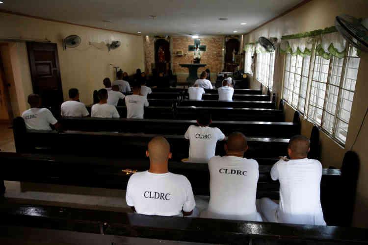 Dans une chapelle du Central Luzon Drug Rehabilitation Center, le 6 octobre.