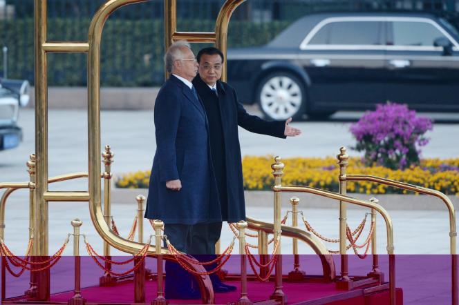 Le premier ministre malaisien Najib Razak et son homologue chinois Li Keqiang, le 1er novembre à Pékin.