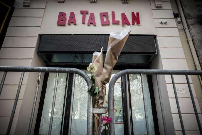 L'entrée du Bataclan au 1er novembre 2016. La salle de concert rouvrira ses portes le 12 novembre.