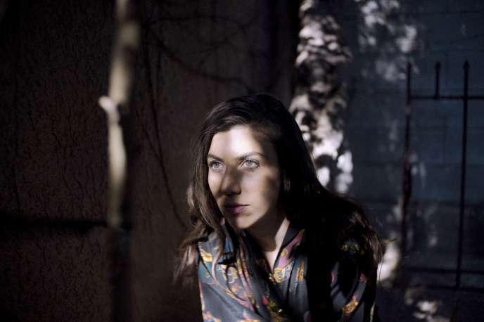 La musicienne californienne Julia Holter.