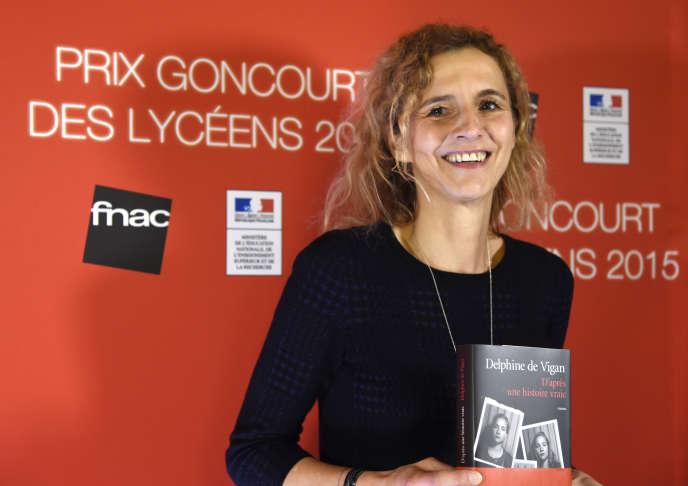 Delphine de Vigan, Prix Goncourt des lycéens, en décembre 2015.