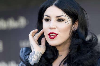 Kat Von D, artiste tatoueuse et créatrice de la marque qui porte son nom.