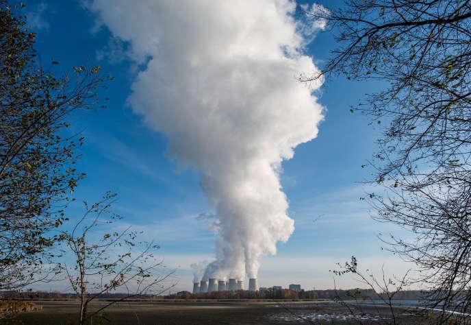 Une centrale à charbon du groupe suédois Vattenfall, dont les activités en Allemagne ont été rachetées par le groupe tchèque de Daniel Kretinsky en 2016.