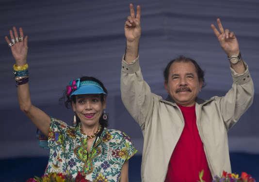 Daniel Ortega et Rosario Murillo le 3 juillet.
