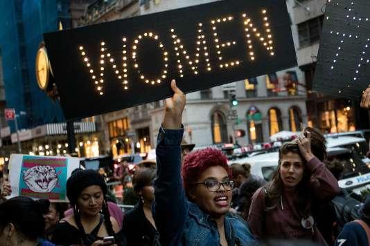 Après une initiative islandaise, les Françaises sont invitées à protester contre l'écart des salaires entre les femmes et les hommes.
