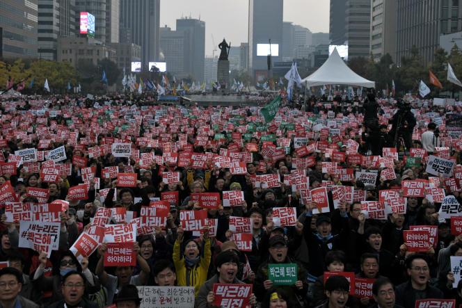 La place Gwanghwamun, dans le centre de Séoul.