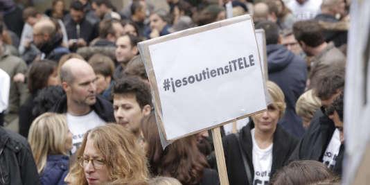 Rassemblement en soutien à i-Télé, le 4 novembre.