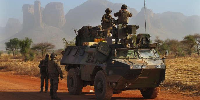 Soldats français au nord de Douentza, dans le centre-est du Mali, en février 2013.