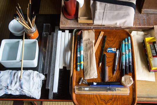 Kunihiko Moriguchi débute ses créations par de multiples esquisses.