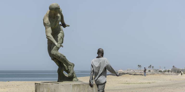 Sur le front de mer à Dakar.