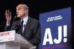 """Alain Juppé, candidat a la primaire """" les Républicains en meeting a La Garde dans le Var © Arnold Jerocki/Divergence"""