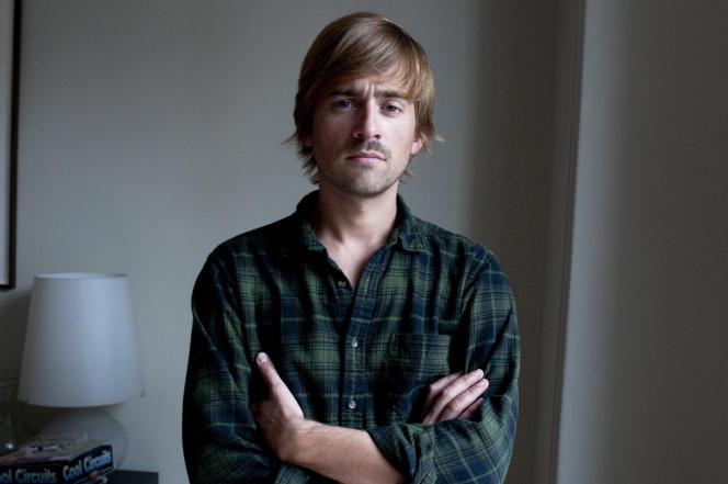 L'écrivain Denis Michelis.