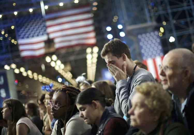 Il est 22 heures passées à New York, il ne reste qu'une faible chance à la candidate démocrate de remporter l'élection.
