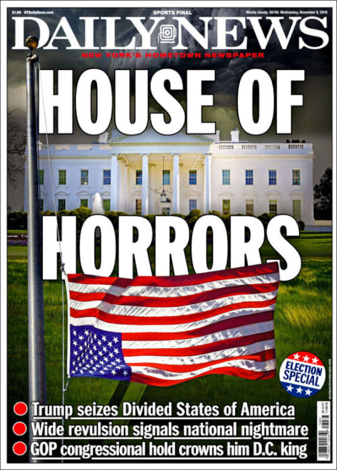 La couverture du New York Daily Newsqui fait un jeu de mot sur la maison hantée (« House of Horrors») et la maison blanche.