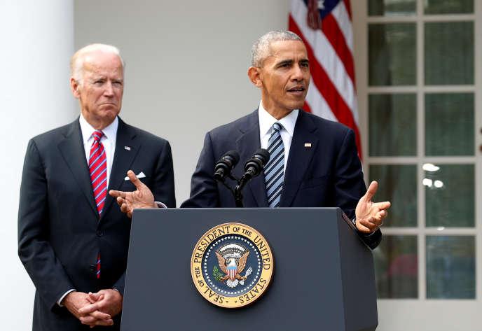 Le président américain, Barack Obama, avec son vice-président, Joe Biden, le 9 novembre 2016 à la Maison Blanche.