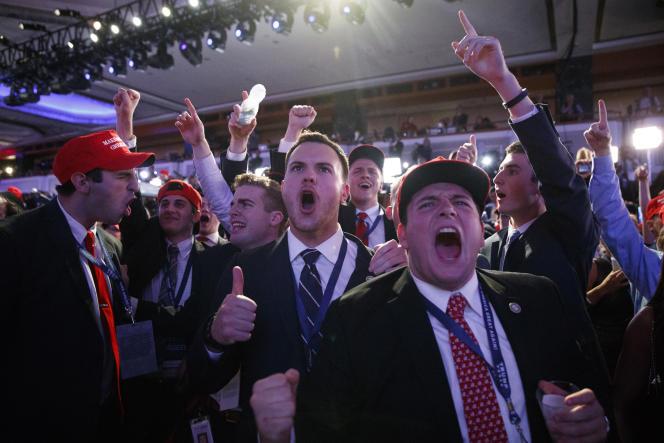 Partisans de Donal Trump, dans la nuit du 8 au 9 novembre à New York.