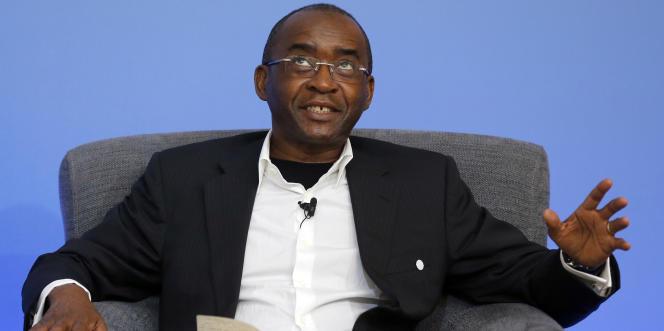 L'homme d'affaires zimbabwéen Strive Masiyiwa lors d'un sommet contre la corruption à Londres, en mai 2016.