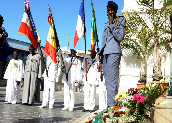 Des tirailleurs sénégalais lors d'une cérémonie de commémoration à Dakar, en novembre 2014.