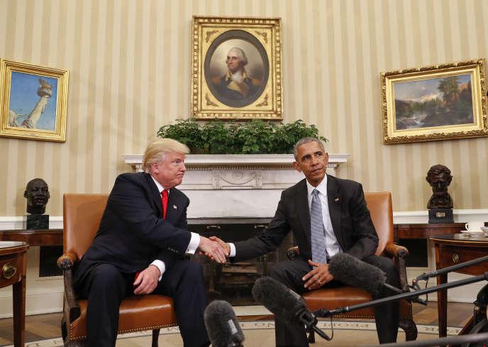 Barack Obama et Donald Trump lors de leur première rencontre dans le bureau ovale, le 10 novembre.