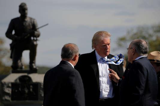Donald Trump et l'ancien maire de New York Rudy Giuliani (à droite), le 22 octobre, sur le site de la bataille historique de Gettysburg, en Pennsylvanie.