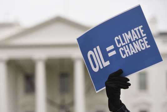 Manifestation de militants écologistes devant la Maison Blanche le 29 novembre 2015.