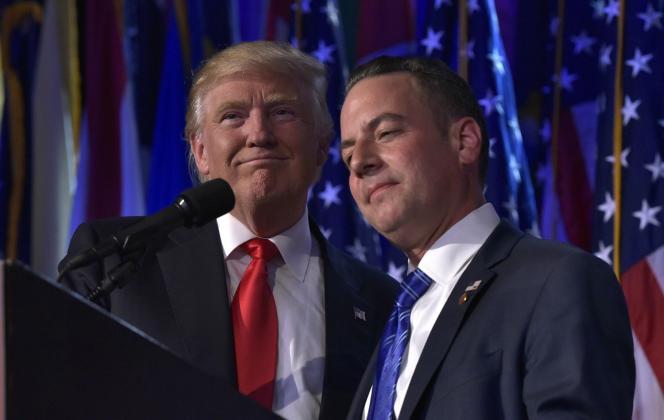 Le 9 novembre 2016 à New York, Reince Priebus (à droite) aux côtés du président élu des Etats-Unis, Donald Trump.