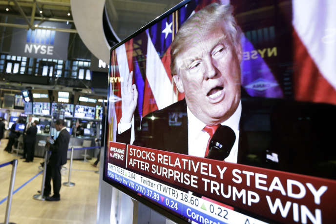 Une image de Donal Trump sur un écran duew York Stock Exchange, à New York, le 9 septembre.