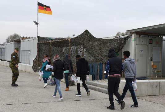 Un point d'accueil pour les demandeurs d'asile près de Munich, dans le sud du pays.