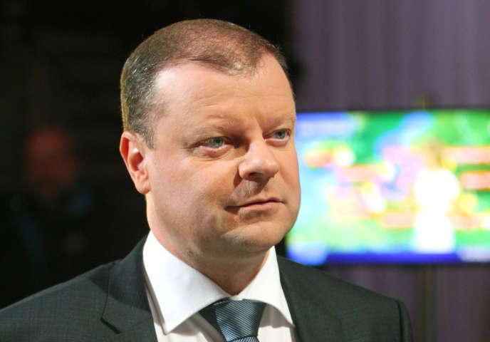 Saulius Skvernelis, le nouveau premier ministrelituanien, avant un débat télévisé, à Vilnius, le 29 septembre 2016.