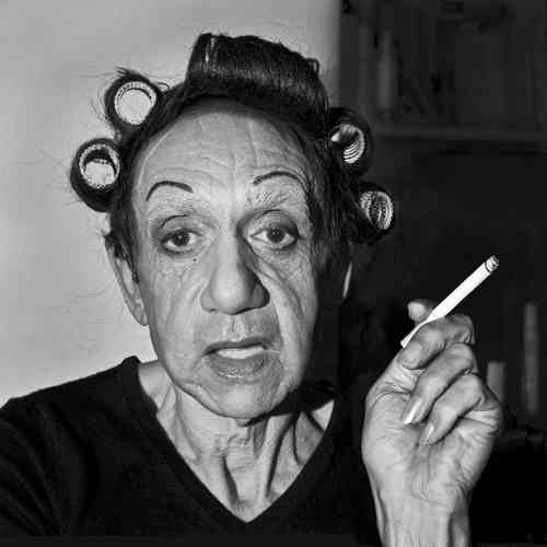Hommage à Diane Arbus, A Young Man in Curlers at Home on West 20th Street, N.Y.C., 1966-2013.