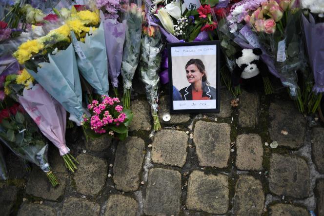 Hommage à la députée assassinée Jo Cox à Birstall (Yorkshire) le 18 juin 2016.