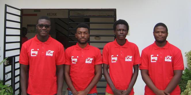 Cheikh Bamba Ndir, Rémy Maboudou, Hamet Dia et Christopher Ndong, étudiants à BEM Dakar.