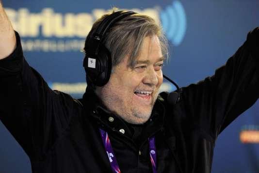Stephen Bannon a empoisonné la campagne d'Hillary Clinton par le bais de son ONG Government Accountability Institute.