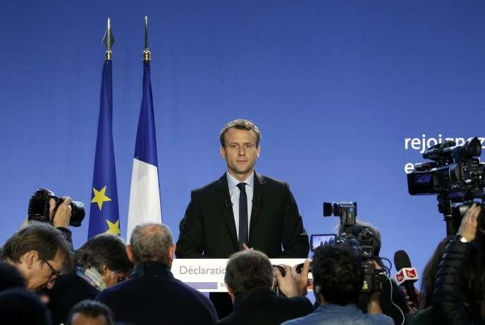 Emmanuel Macron, lors de sa déclaration de candidature à la présidentielle, à Bobigny le 16 novembre.