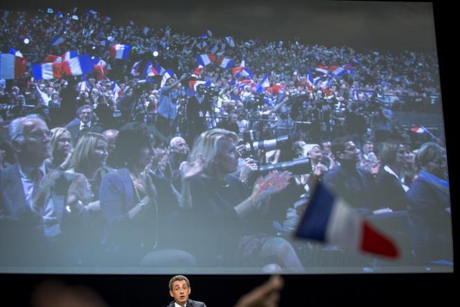 Nicolas Sarkozy a décidé d'adapter son discours à la nouvelle donne au Palais Nikaia à Nice, mardi 15 novembre 2016.