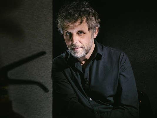 Stéphane Guillon est au Théâtre Dejazet, à Paris, avant d'entamerune tournée en France et en Belgique début 2017.