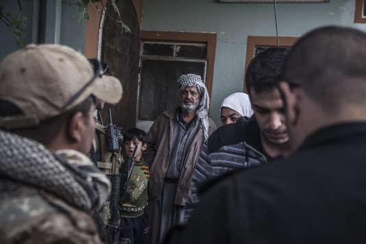 Dans le quartier Saddam, à Mossoul, le 10 novembre.