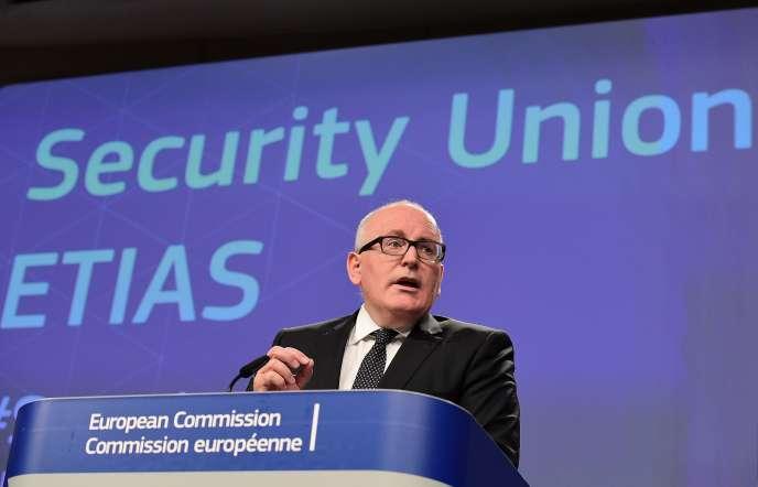 Le premier vice-président de la Commission européenne, Frans Timmermans, lors de la présentation à la presse du système Etias, le 16 novembre 2016 à Bruxelles.