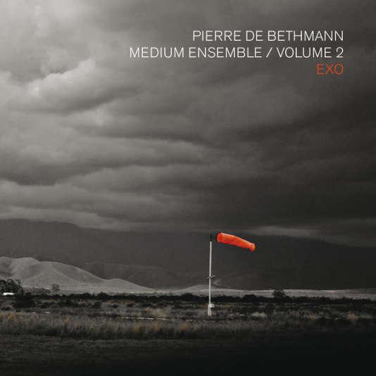 Pochette de l'album«Medium Ensemble volume 2 – Exo», de Pierre de Bethmann.