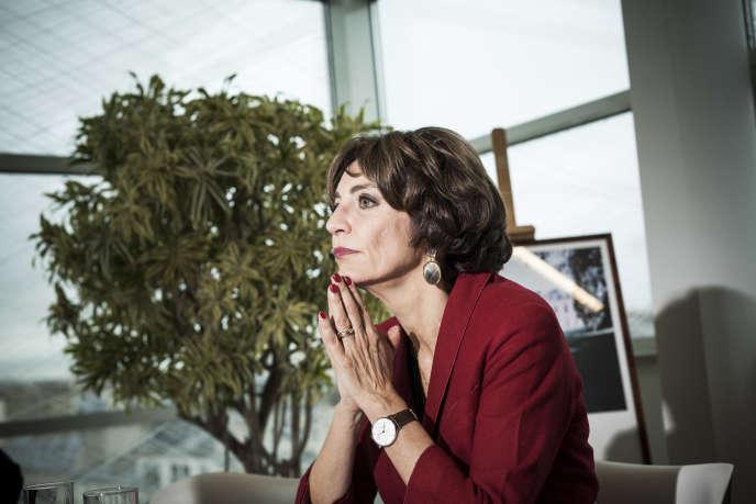 La ministre de la santé et des affaires sociales, Marisol Touraine, dans son bureau à Paris le 16 novembre.