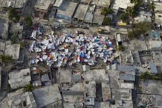 Port au Prince, Haïti, après le tremblement de terre de 2010 - CC BY-SA 2.0
