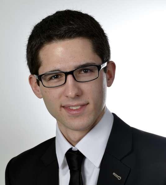 Alexandre Montel travaille en CDI dans un cabinet d'audit, après un double diplôme d'ingénieur-manageur délivré par l'Ecole centrale de Nantes et Audencia Business School.