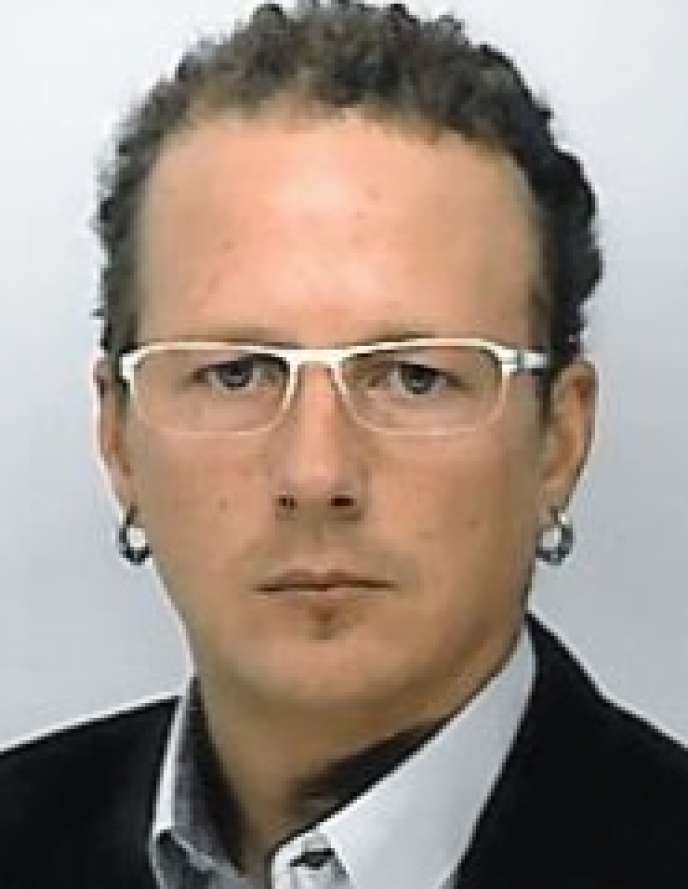 Vincent Czajka travaille chez Schneider Electric. Il est en formation continue d'ingénieur-manageur à l'Institut polytechnique de Grenoble.