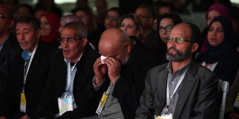 Le 17 novembre 2016, pendant les témoignages de victimes des tortures sous le regime de Ben Ali devant l'Instance vérité et dignité.